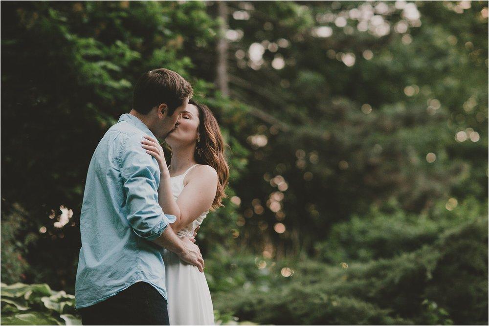 PattengalePhotography_EngagementSession_Mark&Julia_LafayetteSquare_StLouis_Missouri_Boho_Urban_Summer__0058.jpg