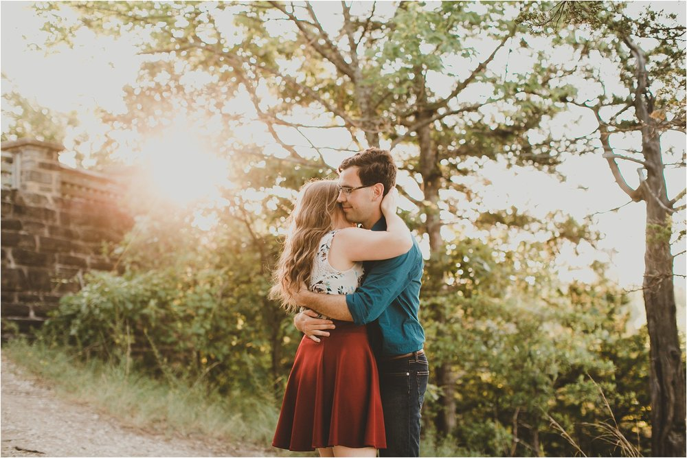PattengalePhotography_Laura&Ryan_HaHaTonka_StatePark_Lake_of_the_Ozarks_EngagementSession_Adventure_Hiking_boho_Outdoor_Summertime_Style_Missouri_WeddingPhotographer_0023.jpg