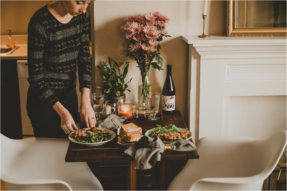 PattengalePhotography_StLouis_Missouri_Photographer_Romantic_Dinner_At_Home_ItalianStuffed_Zucchini_WeekendWear_DateNight_Newlyweds__0005.jpg