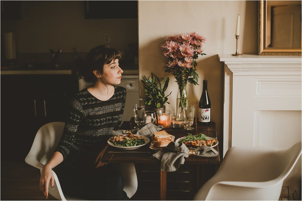 PattengalePhotography_StLouis_Missouri_Photographer_Romantic_Dinner_At_Home_ItalianStuffed_Zucchini_WeekendWear_DateNight_Newlyweds__0010.jpg
