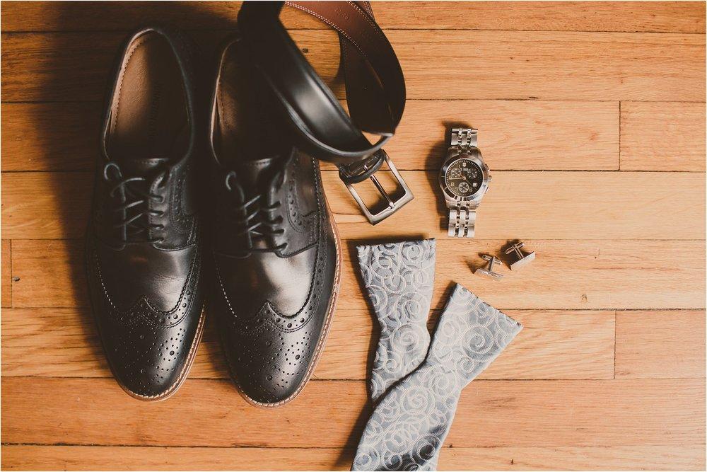 PattengalePhotography_Ryan&Laura_KansasCity_BrooksideGardens_Industrial_Modern_Blue_Fall_Wedding_KC_Hipster_Photographer__0004.jpg