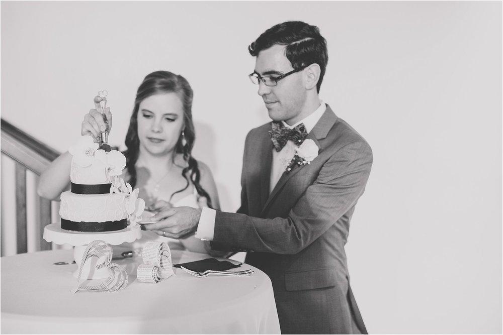 PattengalePhotography_Ryan&Laura_KansasCity_BrooksideGardens_Industrial_Modern_Blue_Fall_Wedding_KC_Hipster_Photographer__0095.jpg