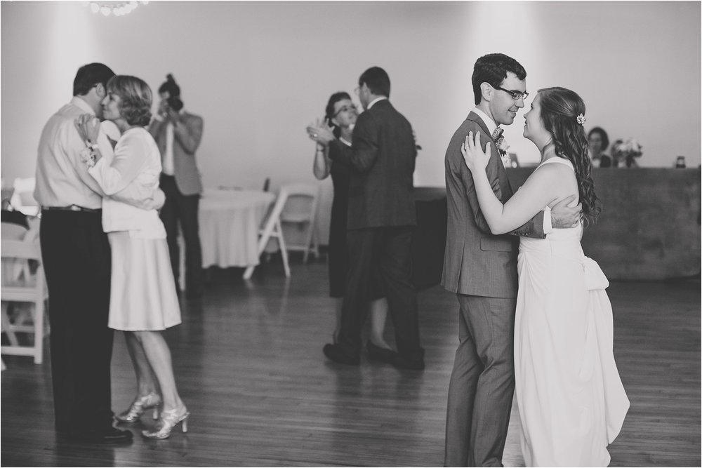 PattengalePhotography_Ryan&Laura_KansasCity_BrooksideGardens_Industrial_Modern_Blue_Fall_Wedding_KC_Hipster_Photographer__0096.jpg