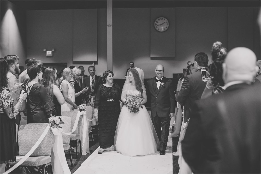 PattengalePhotography_StLouis_WeddingPhotographer_Miriam&Daniel_Hilton_BlackTie_Wedding__0035.jpg