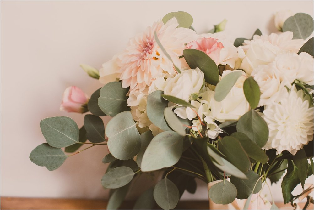 PattengalePhotography_BohoWedding_RichmondVirginia_Photographer_SevenSprings_Manor_Estate_Wedding_Hannah&Thomas_Elegant_Fall_Bohemian_blush_gold_farm__0014.jpg
