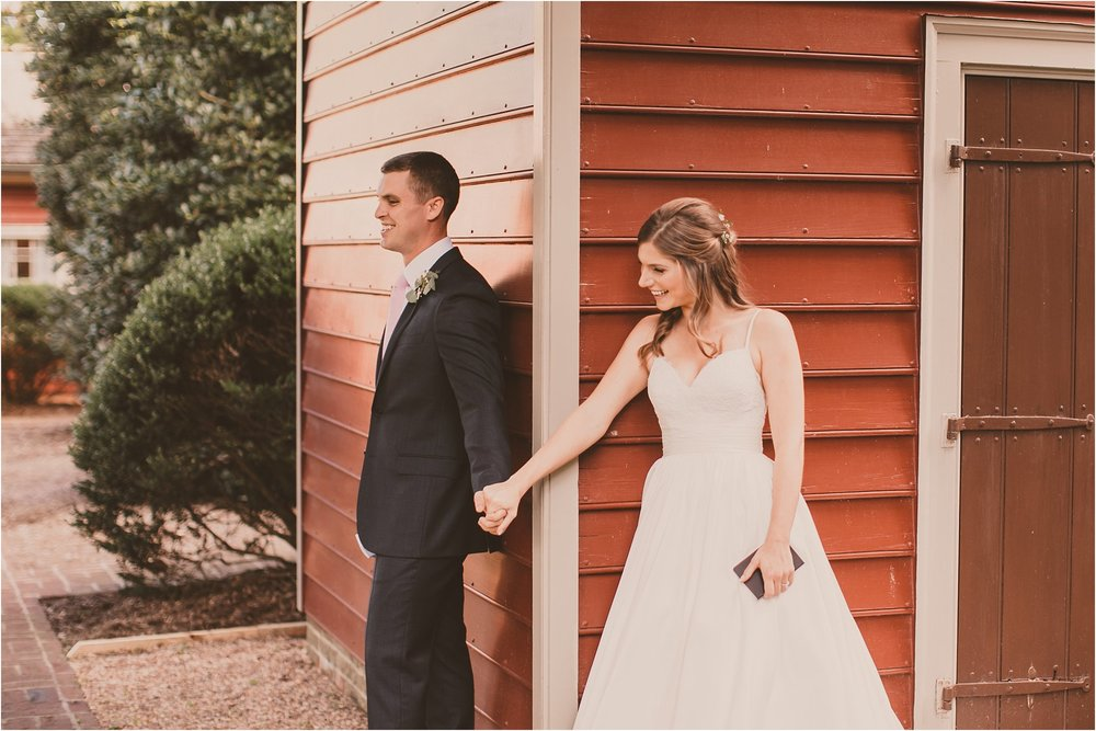 PattengalePhotography_BohoWedding_RichmondVirginia_Photographer_SevenSprings_Manor_Estate_Wedding_Hannah&Thomas_Elegant_Fall_Bohemian_blush_gold_farm__0029.jpg