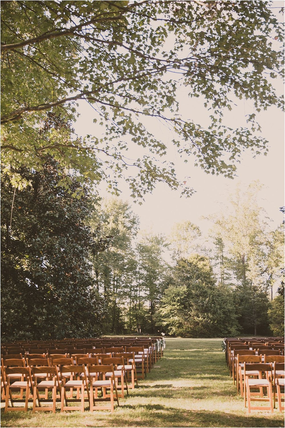 PattengalePhotography_BohoWedding_RichmondVirginia_Photographer_SevenSprings_Manor_Estate_Wedding_Hannah&Thomas_Elegant_Fall_Bohemian_blush_gold_farm__0047.jpg