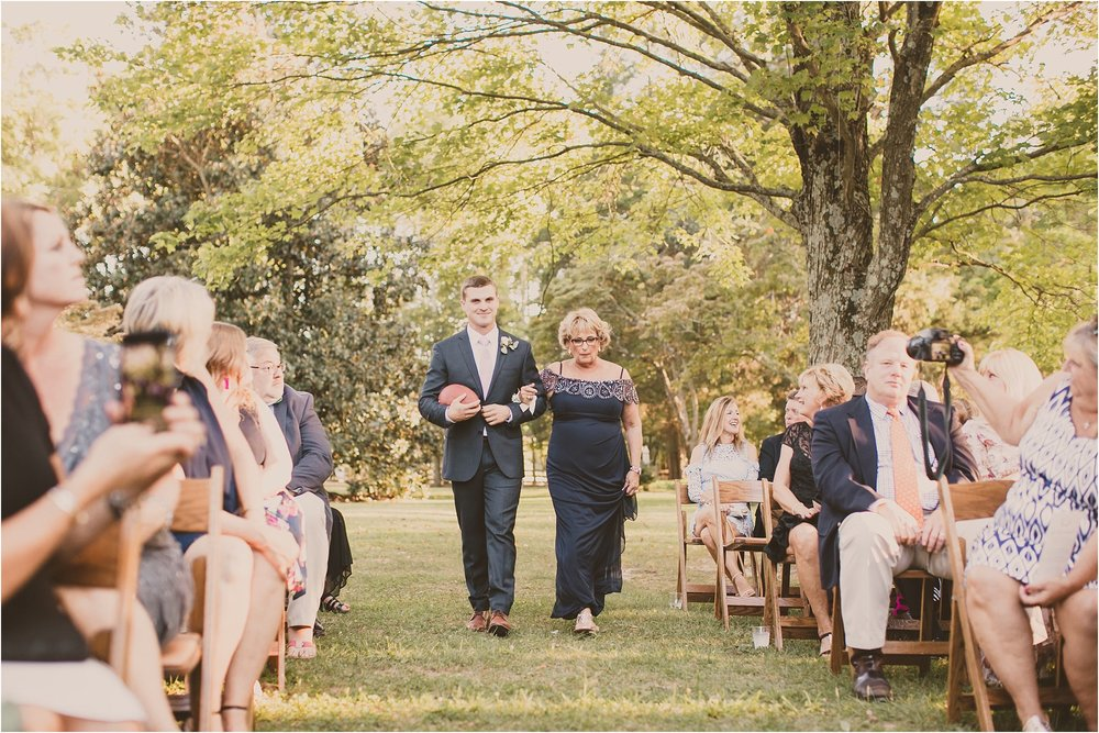 PattengalePhotography_BohoWedding_RichmondVirginia_Photographer_SevenSprings_Manor_Estate_Wedding_Hannah&Thomas_Elegant_Fall_Bohemian_blush_gold_farm__0053.jpg