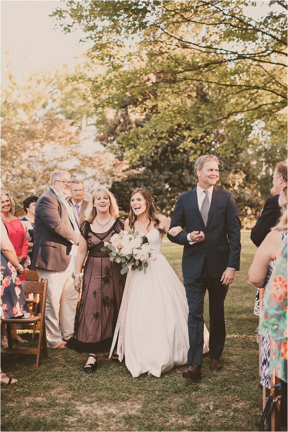 PattengalePhotography_BohoWedding_RichmondVirginia_Photographer_SevenSprings_Manor_Estate_Wedding_Hannah&Thomas_Elegant_Fall_Bohemian_blush_gold_farm__0060.jpg