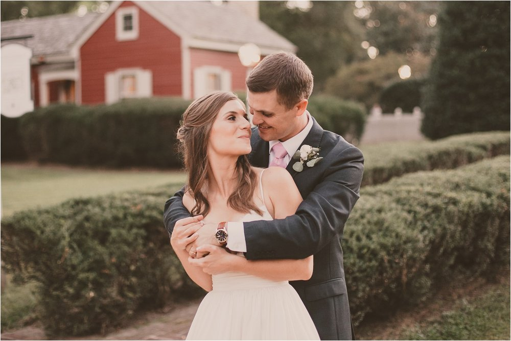 PattengalePhotography_BohoWedding_RichmondVirginia_Photographer_SevenSprings_Manor_Estate_Wedding_Hannah&Thomas_Elegant_Fall_Bohemian_blush_gold_farm__0094.jpg