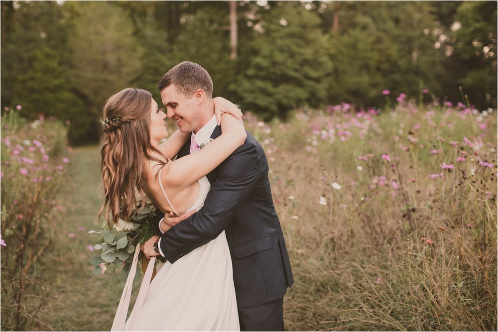 PattengalePhotography_BohoWedding_RichmondVirginia_Photographer_SevenSprings_Manor_Estate_Wedding_Hannah&Thomas_Elegant_Fall_Bohemian_blush_gold_farm__0099.jpg