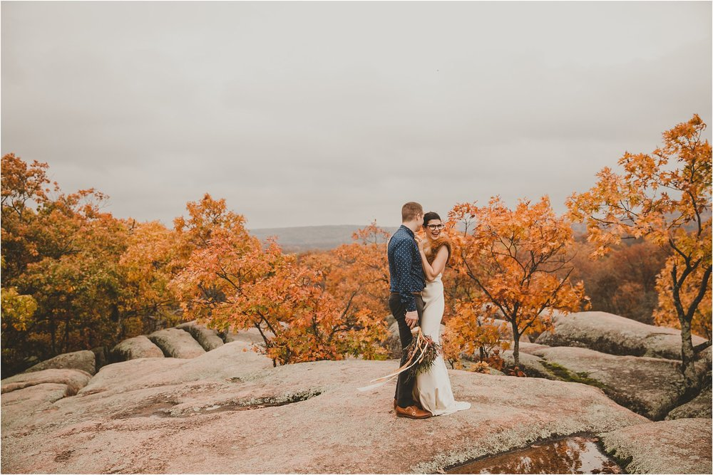 PattengalePhotography_boho_AdventureBride_StyledShoot_ElephantRockStatePark_StLouis_Bridal_Wedding_Wes&Jess__0005.jpg