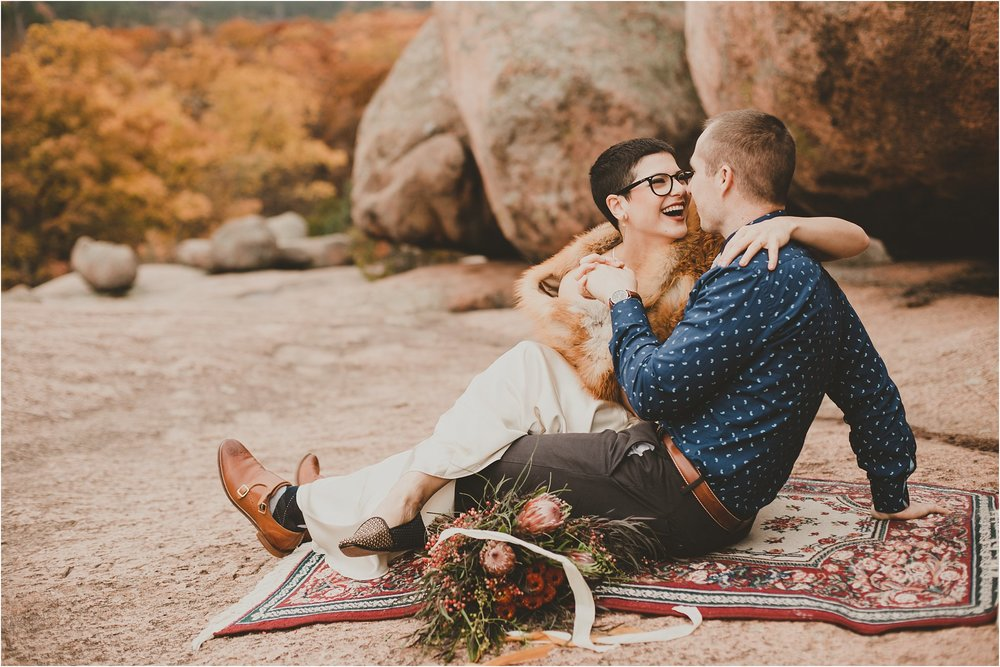 PattengalePhotography_boho_AdventureBride_StyledShoot_ElephantRockStatePark_StLouis_Bridal_Wedding_Wes&Jess__0008.jpg