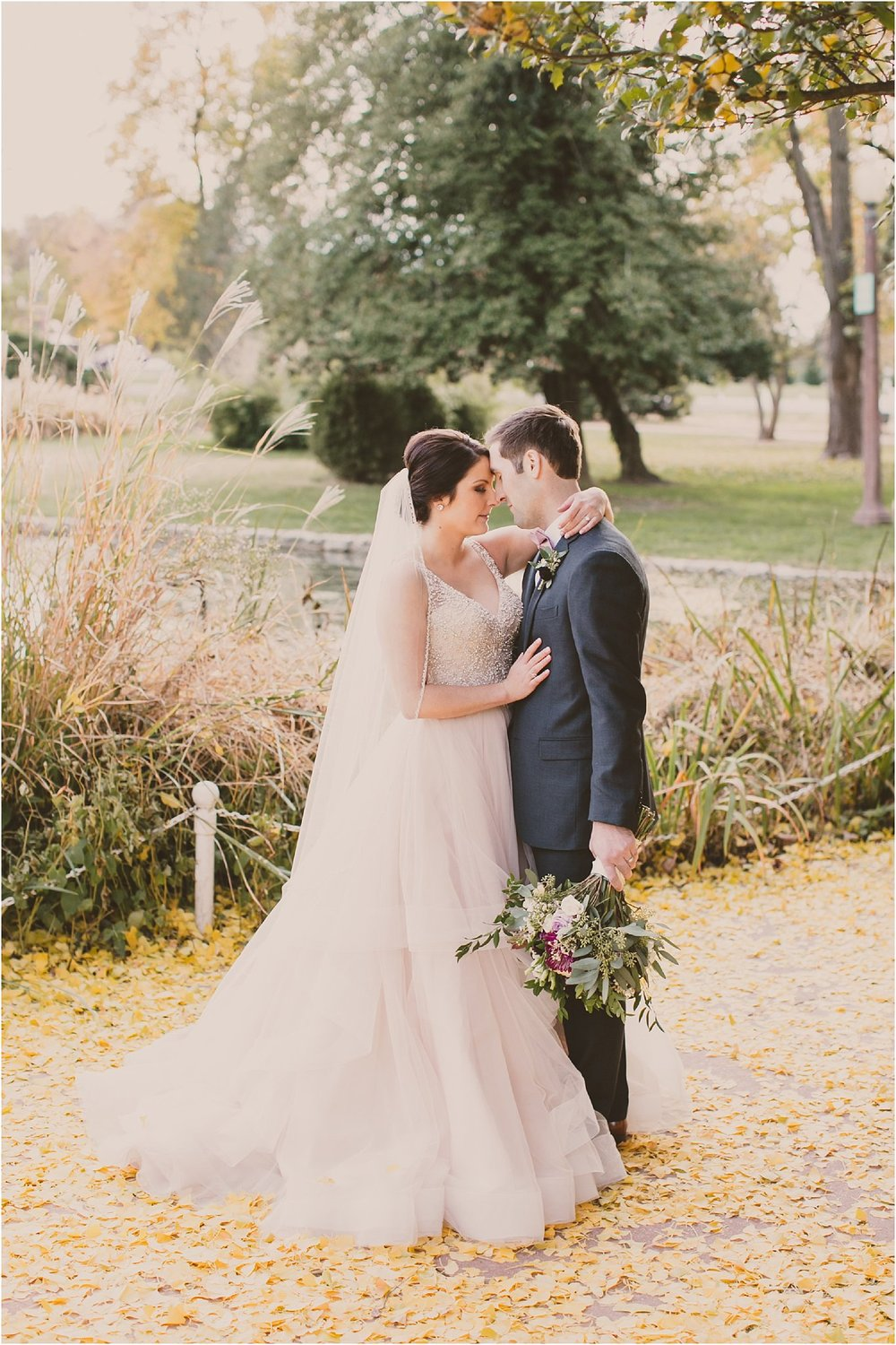 PattengalePhotography_boho_OffBeat_Wedding_StLouis_PiperPalmHouse_Westin_Hipster_Modern_Elegance_November_Fall_Weddings_Husband&Wife_Photographer_Organic_Pink_Greens_Mark&Julia__0100.jpg