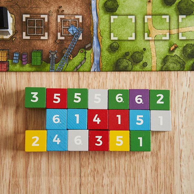 Building blocks in The Estates #boardgames