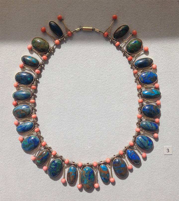 Necklace at the Met.