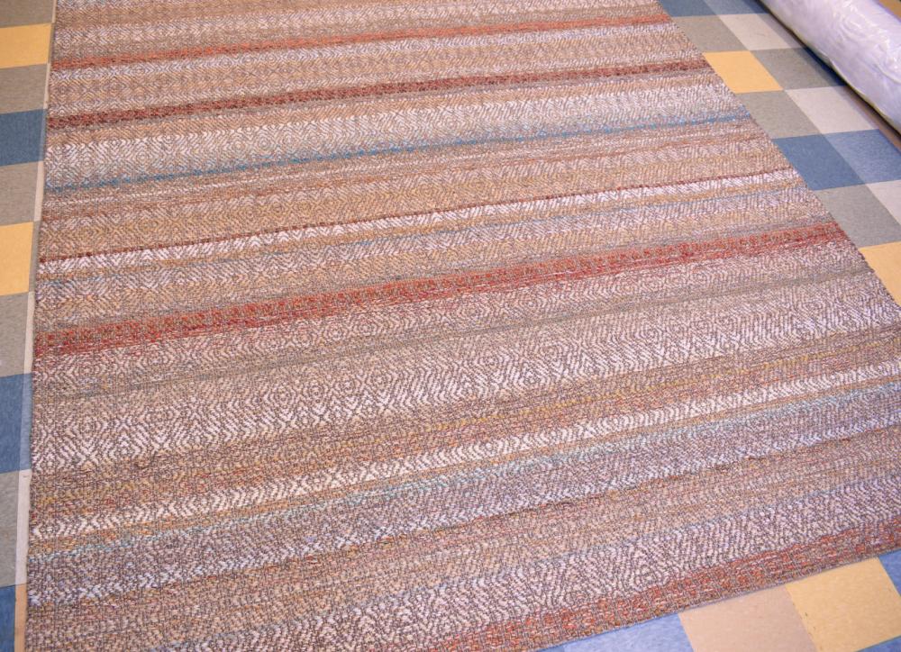 9' x 12' Creswell rug.