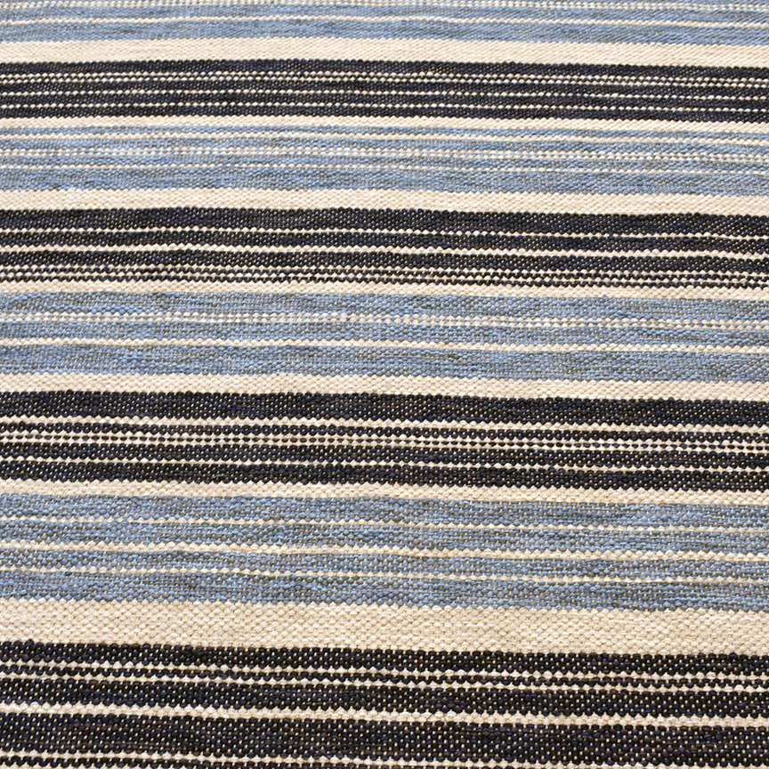 Closeup of finished rug. Navy Stripe 10' x 13'