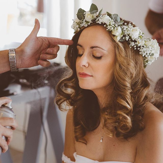 Final touches to Rachel's hair 💕💫 #flowercrowns #weddinghairstyle