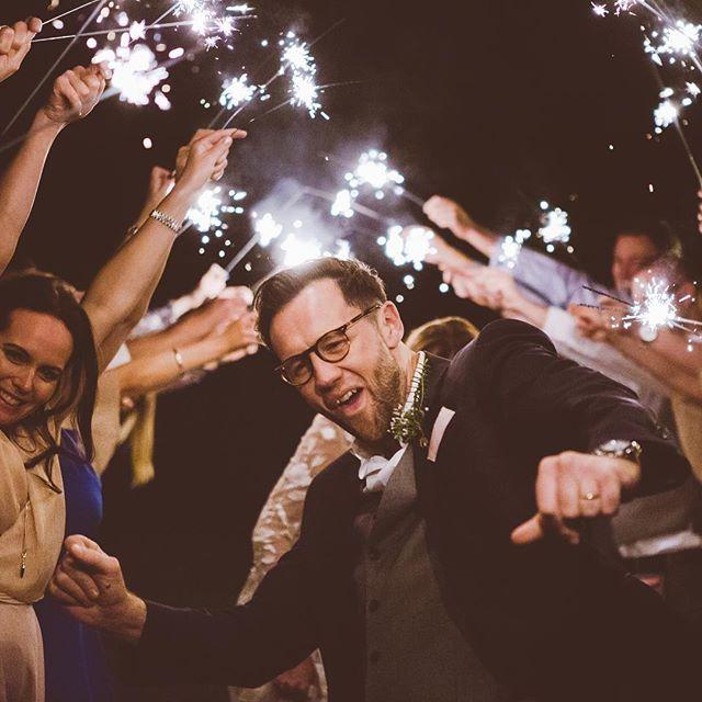 Could Dan be loving this more? ❤️💫🎇 #weddingmoments #justmarriedjoy #diyweddings #grovebarnvenue @grovebarnvenue