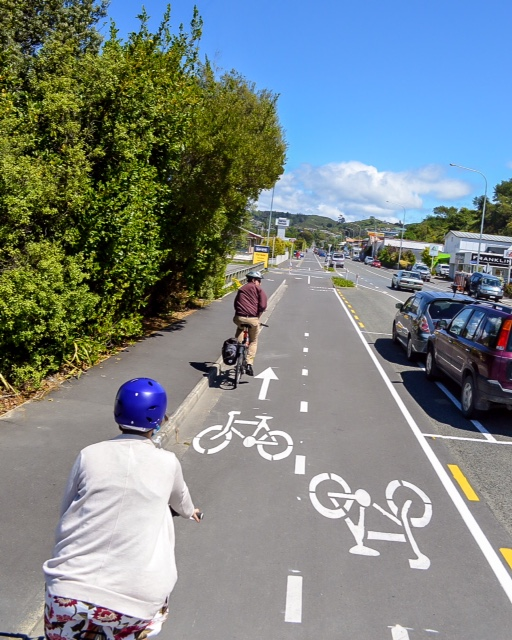 Cycling along the St. Vincent cycle track, brand new in Neslon
