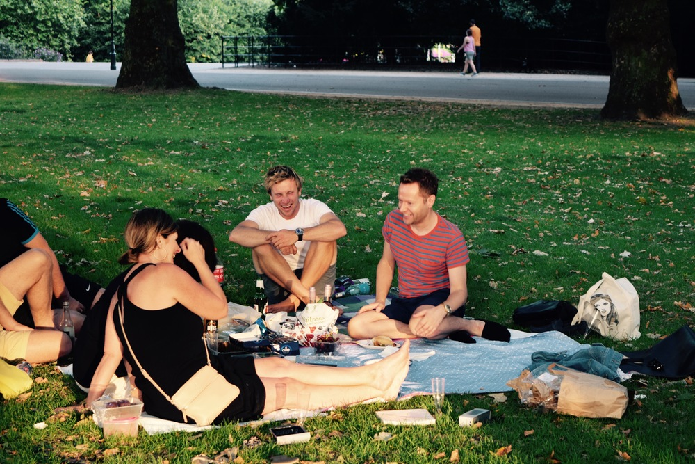 picniccrowd2