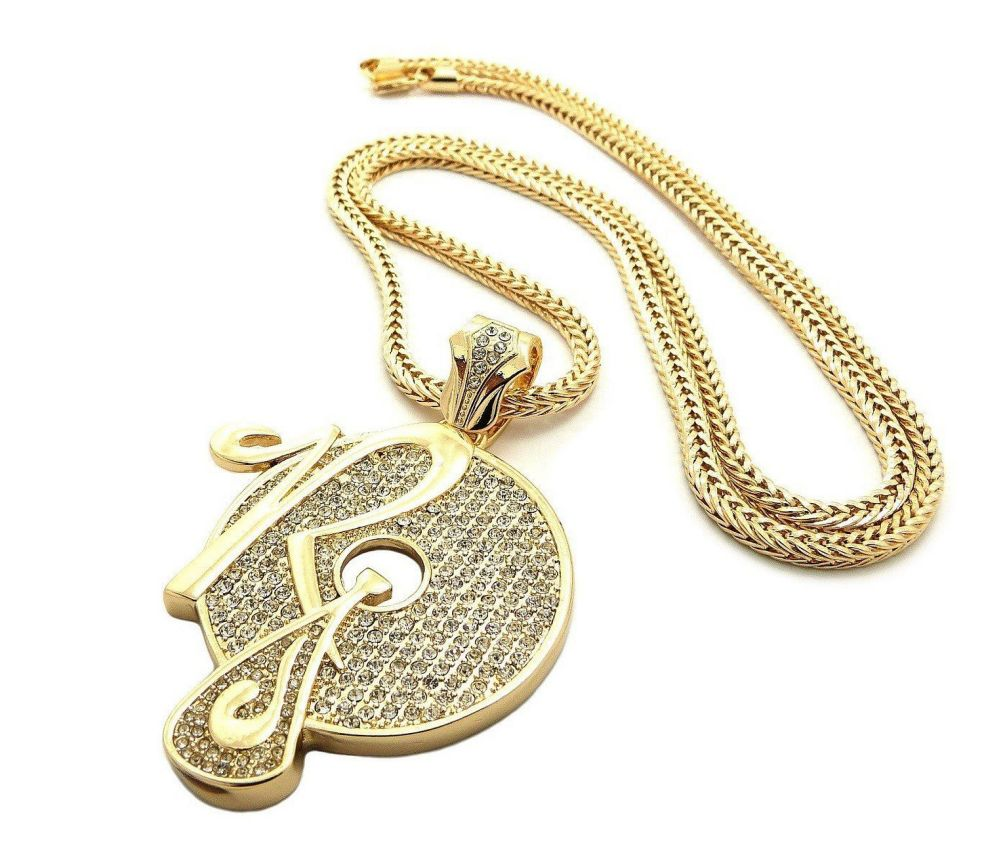 022916-music-The-Roc-Chain-Gang-Diamond-on-the-Neck-necklace-1.jpg