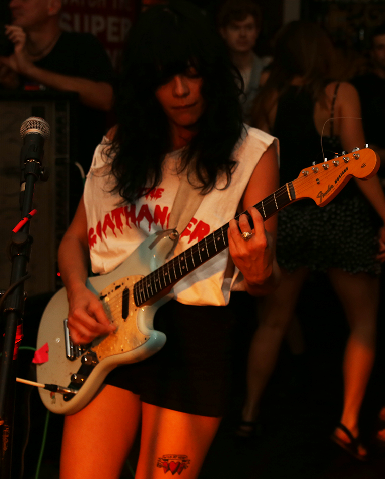 The_Coathangers_2.jpeg