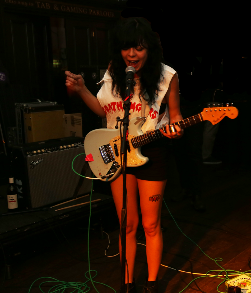 The_Coathangers_6.png