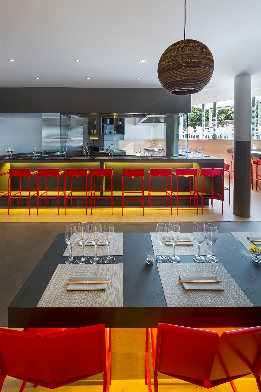 Proj ko restaurant vincent coste architecte for Architecte saint tropez