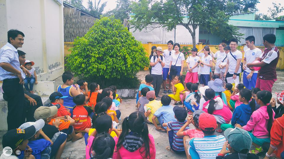 The students of age 8 to 10 gathered at the public area in the school with their teachers