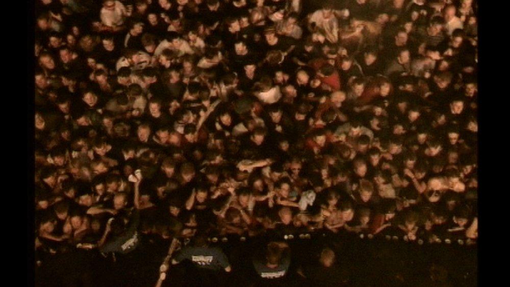 crowd_pulp.jpg