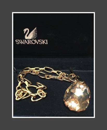 💚Swarovski giant tear drop crystal pendant on long chain