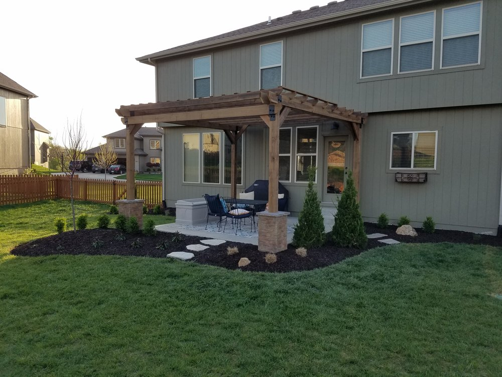 Pergola and Landscape - Raymore, MO