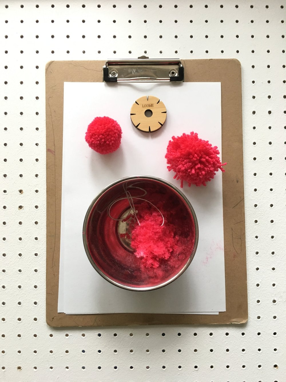 how to trim a pom-pom