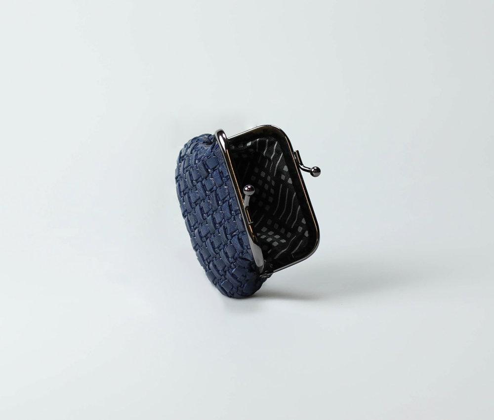 navy-blue-women-classic-weave-coin-purse-tenu-tresse-2.jpg