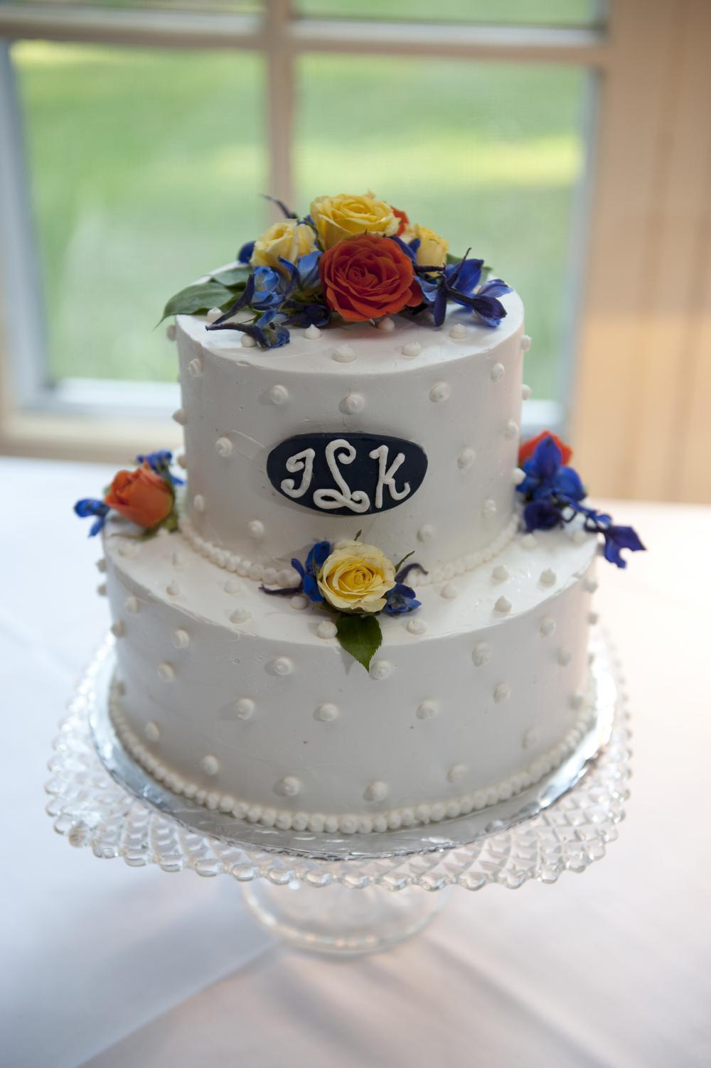 Julie Maylor cake #1.jpg