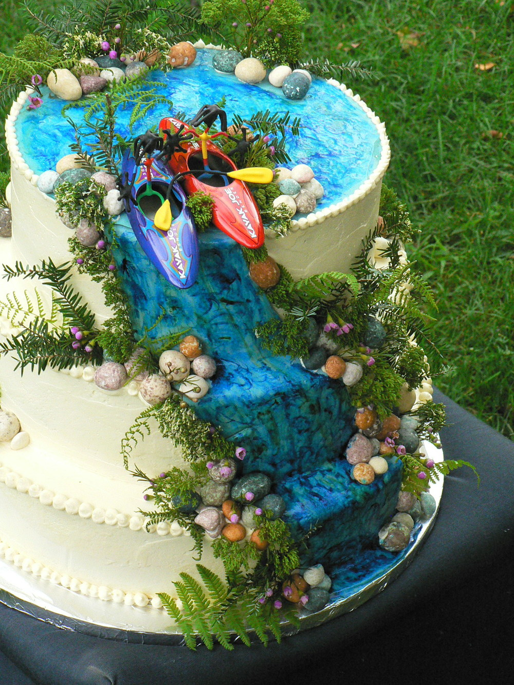 More wedding cakes-10.JPG