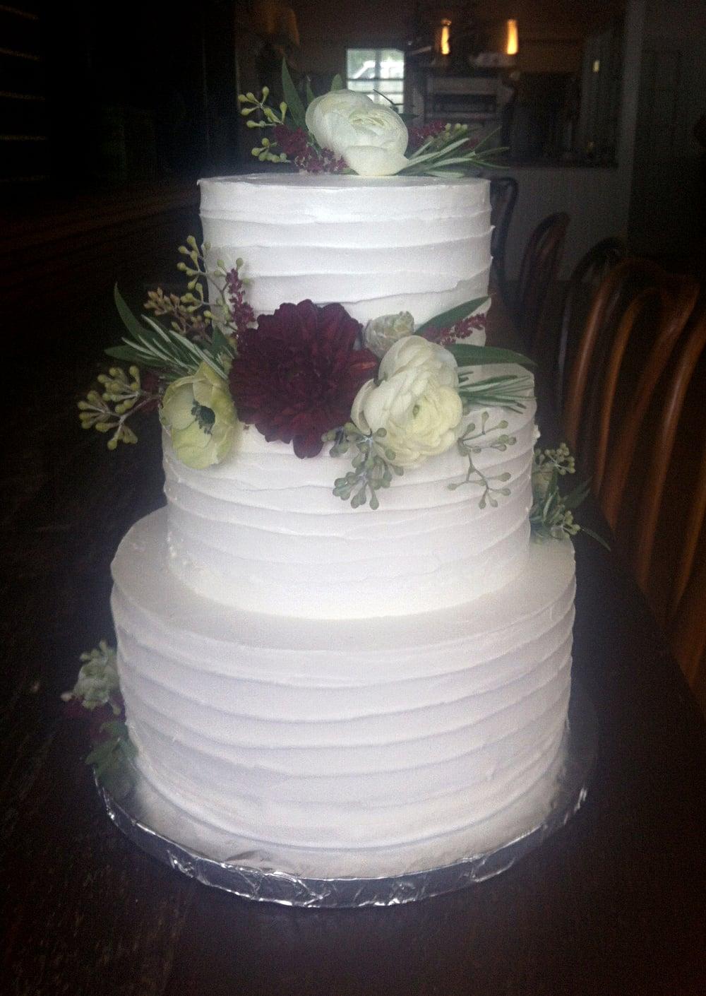 Aviary cake photo.jpg11.jpg