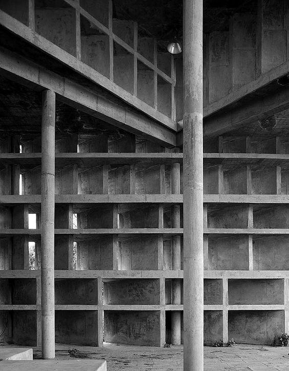 Palais de l'Assemblée, Chardigarh, India, Le Corbusier Image source: http://divisare.com/projects/197546-Palais-de-l-Assembl-e
