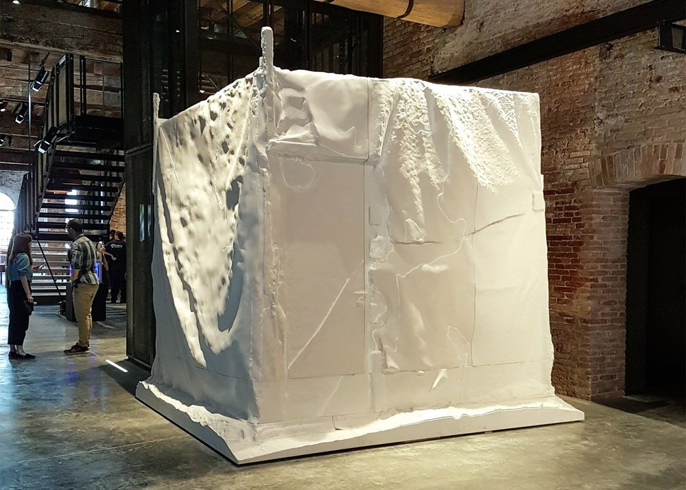 installation-sam-jacob-studio-a-world-of-fragile-parts-v-a-victoria-albert-pavilion-exhibition-venice-architecture-biennale-2016_dezeen_ban_0.jpg