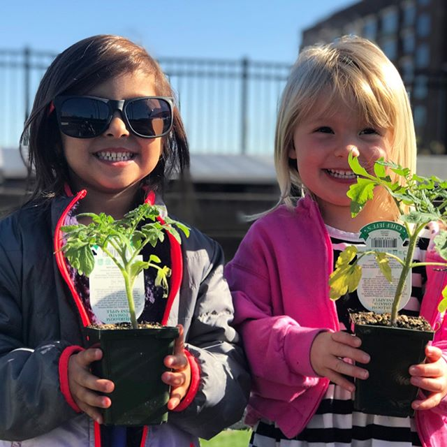 We celebrated Earth Day at our Ponce City Market campus by planting in our rooftop garden!🌱🌏