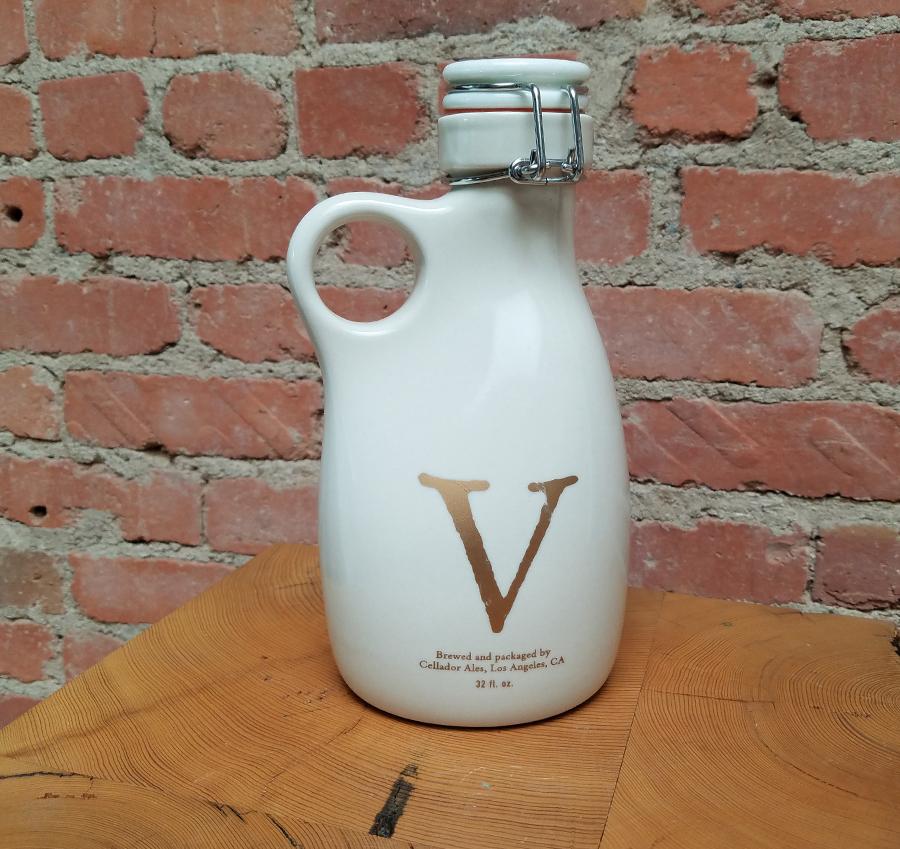 Orange-Vessel-Cellador-Ales-Los Angeles- California-Invitation-Only-THE V-Custom-Growlers-5-Rob-Englert.jpg