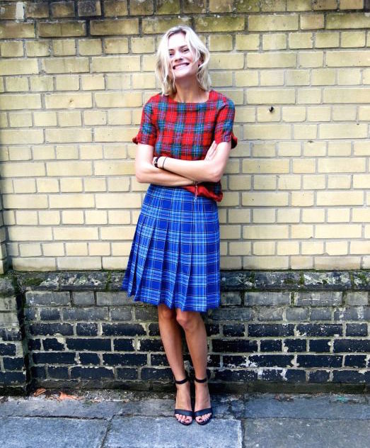 Plaid can be fun, see? You don't have to look like an old lady or an oversexed school girl. Promise.