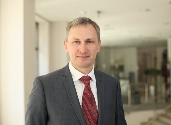 Bondarenko Sergey - Senior Manager at Consulting Department & Head of Deloitte Ukraine Technology DivisionIn 2017, Sergei has presented his first own technological blockchain development Deloitte in the CIS. It has been DocSensus - a registry of corporate documentation based on blockchain technology.Facebook