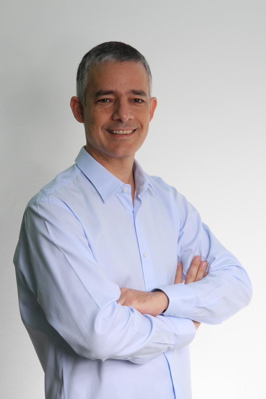 Michel Piestun.jpg