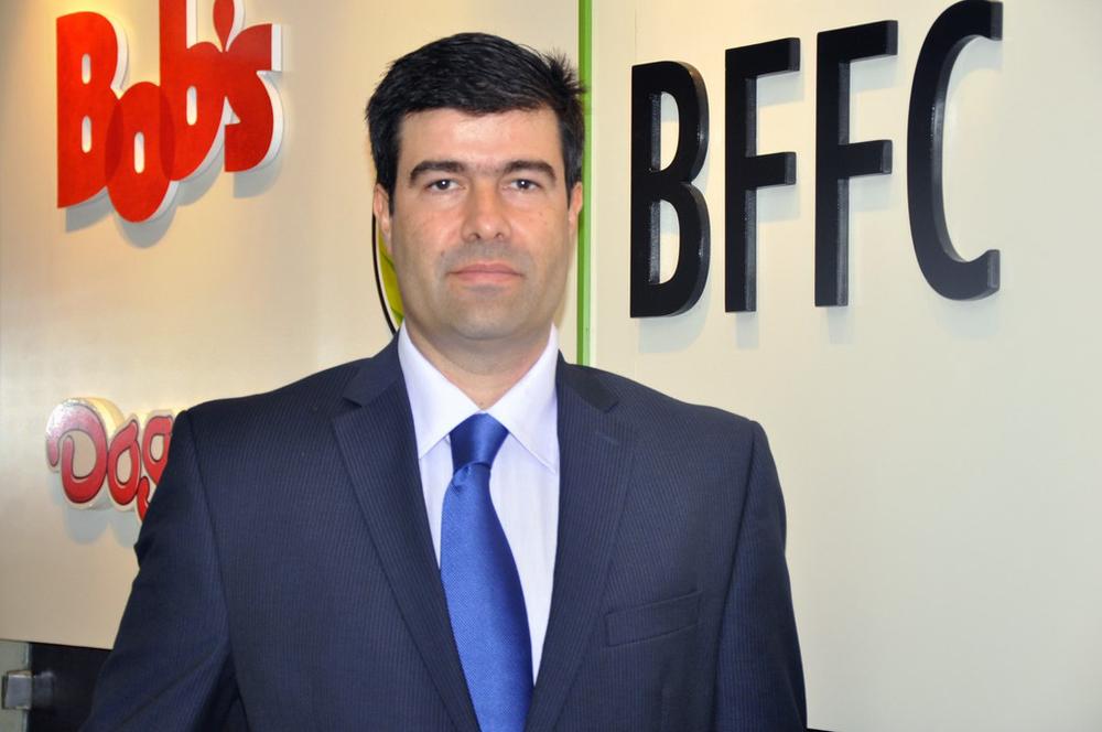 Oficial Ricardo Bomeny.jpg