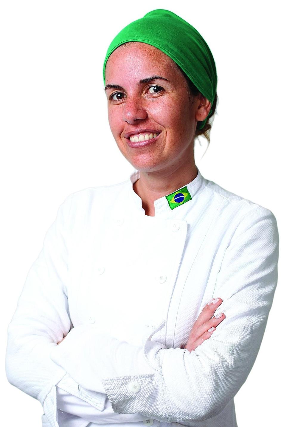 Oficial-Morena Leite.jpg