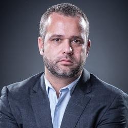 Renato Meirelles - Oficial.jpg