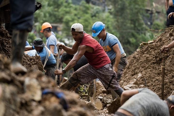 Ucab Benguet landslide - Martin San Diego- 0010 - 5MS02924.jpg
